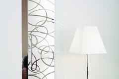 Casali-glass-door-sliding-porta-vetro-scorrevole-Aura-extrachiaro_fondo-sabbiato
