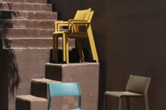 Nardi_chairs_TRILLarmchair_ambeint-images8_HR