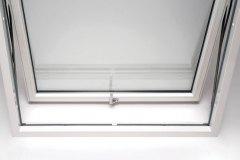 Dettaglio-finestra-Prolux-Swing-di-Oknoplast